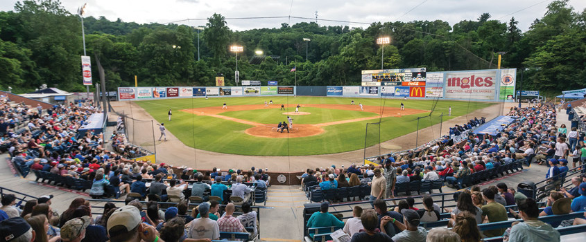 Asheville-Tourists_Featured